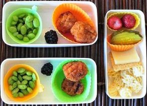 Kids enjoy vegetables - food in small containers