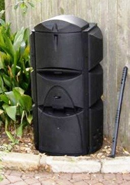 The Eco-Friendly Triple Chamber Composter